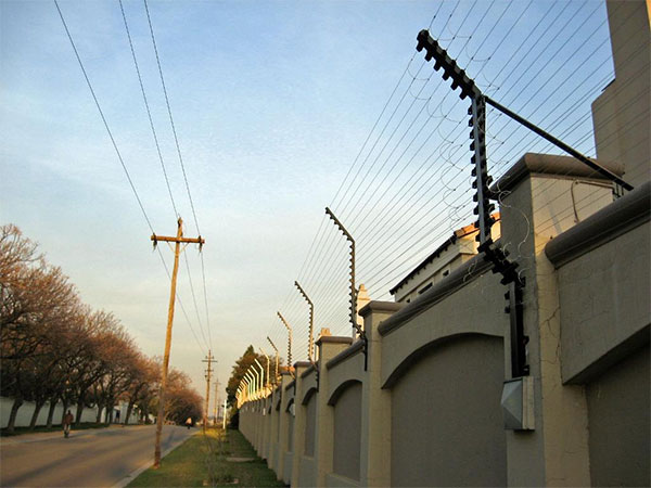 Electric Fencing In Hout Bay Cape Town